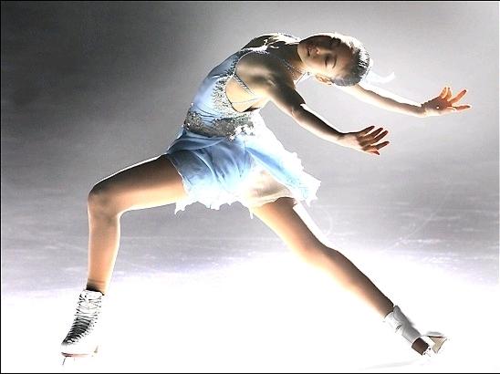 The Bucket's History of Ice Skating (3/5)