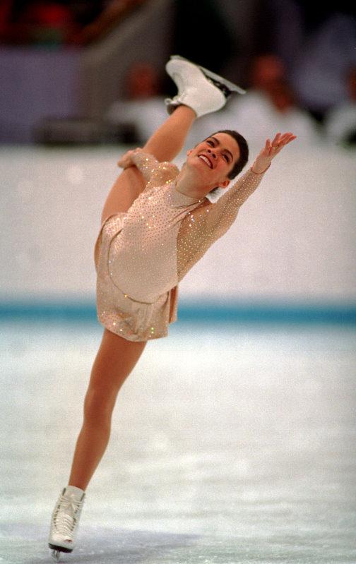 The Bucket's History of Ice Skating (1/5)